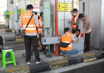 RFID Technology Testing for BMN and JTSE Toll Payment System