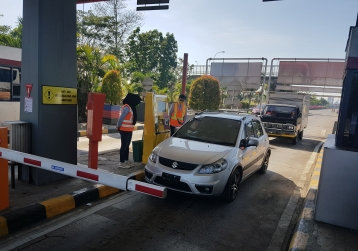 Makassar Toll Road Officially Applied 100 Percent of Electronic Money Payment (UNIK)